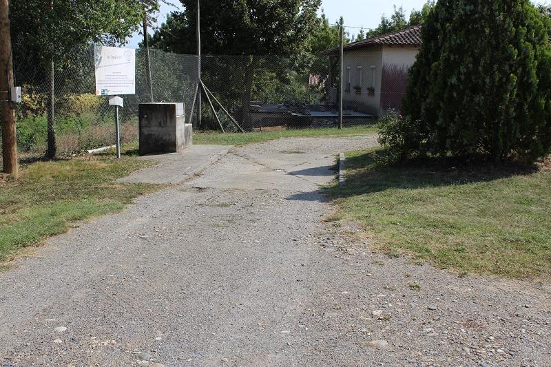 Aire camping-car à Cadours (31480) - Photo 2